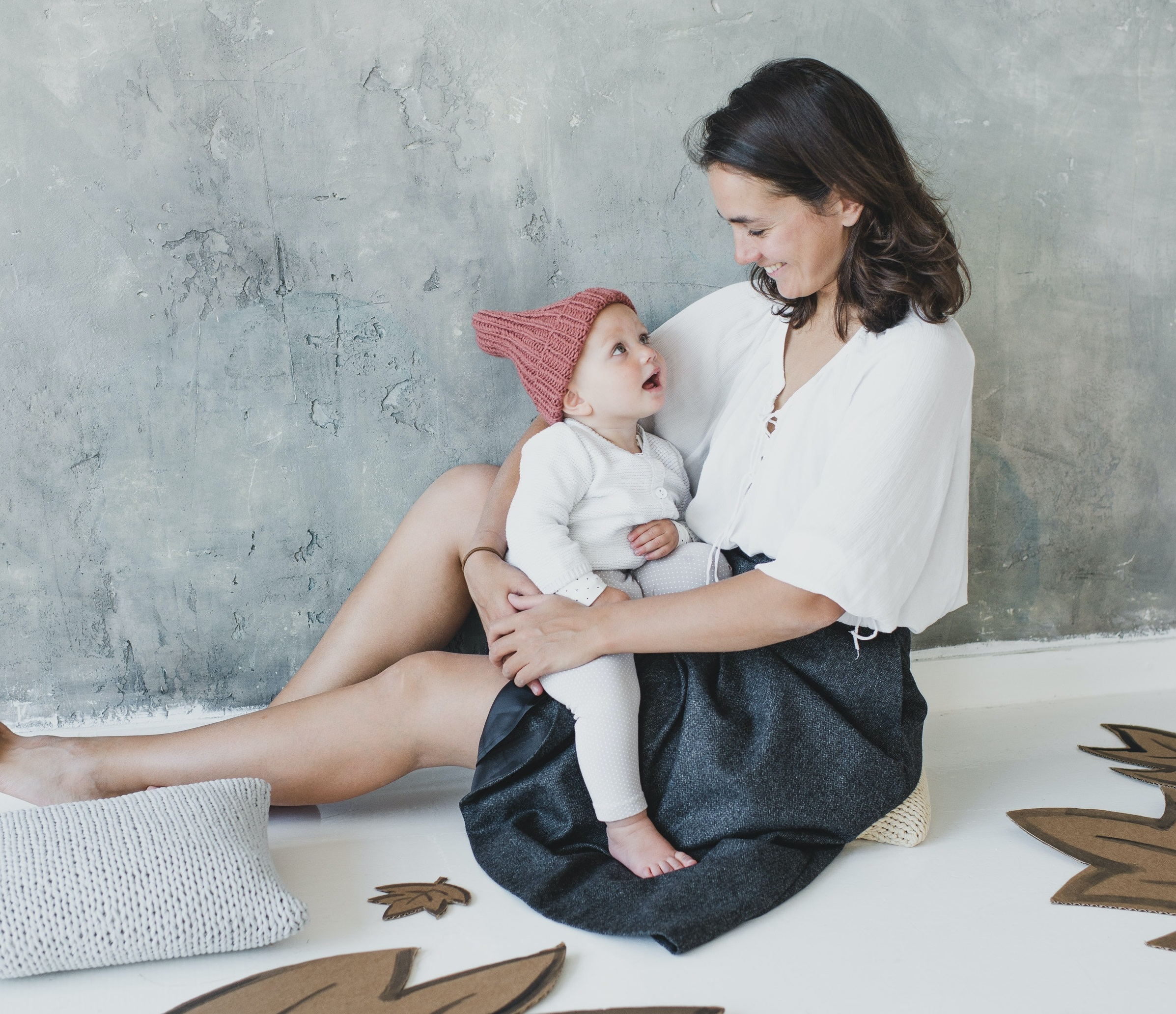 10 Coworking Spaces, Resources, and Products For New Moms Returning To The Office